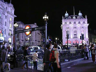 picadilly station.jpg