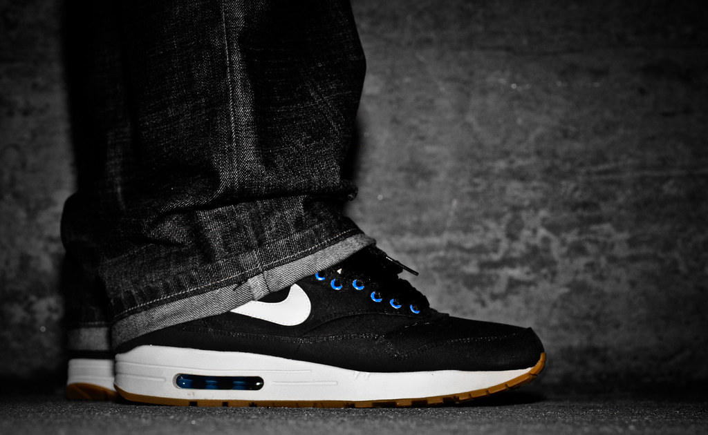 Air Max 90 Black White Coral | The Centre for Contemporary