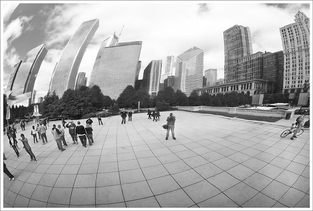 Cloud Gate 2 BW