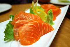 Salmon Sashimi (gtsomething) Tags: fish japan sushi japanese sashimi salmon kobe japanesecuisine salmonsashimi gtsomething