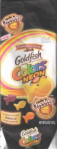 2010 Pepperidge Farm Goldfish Colors Neon bag