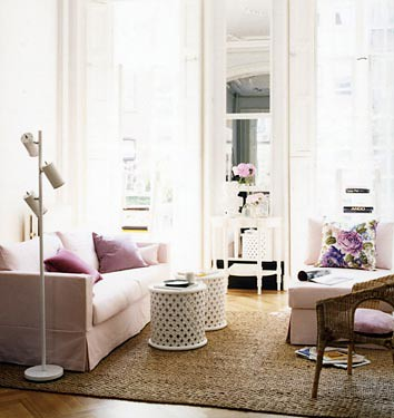 Domino living room pink feminine