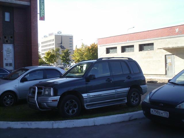 cars chevrolet russia american 1998 tracker spb