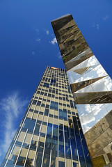Torre Mare Nostrum - Barcelona - Spain (Giuseppe Finocchiaro) Tags: barcelona blue sky tower architecture skyscraper spain nikon cielo architettura barcellona miralles spagna tagliabue marenostrum