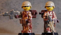 HAC: BA Fan Choice 2010 (Catsy [CC]) Tags: fan lego helmet assault choice acr combat heavy scar 2010 carbine hac catsy pasgt brickarms flickr:user=catsy lego:scale=minifig