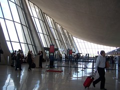 Saarinen sweep (trepelu) Tags: windows light architecture airport dulles iad flight wing terminal passengers curve curved eerosaarinen angled airy checkin sweeping