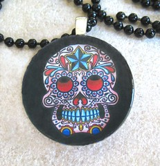 Floral Black Day of the Dead Round Glass Pendant with Black Ball Chain (BeansThings) Tags: flowers blue red black halloween glass floral circle dayofthedead skull necklace holidays jewelry round rockabilly diadelosmuertos pendant voodoo calavera sugarskull beansthings