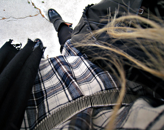 plaid+flannel tunic+safety pin dress