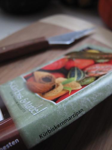 Kürbiskernmarzipan (pumpkin seed)