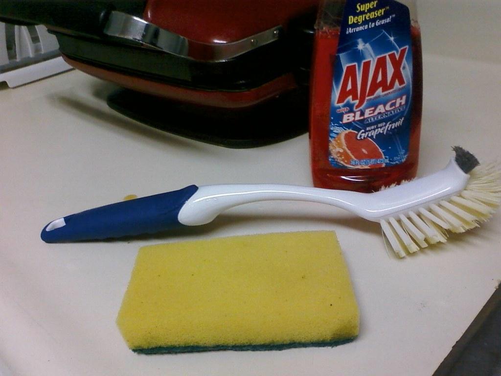 Proper cleaning utensils