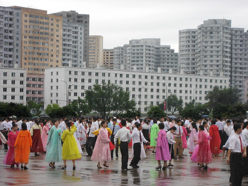 Dancers, Pyongyang by D-Stanley, on Flickr