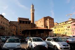 Piazza del Mercato in Siena