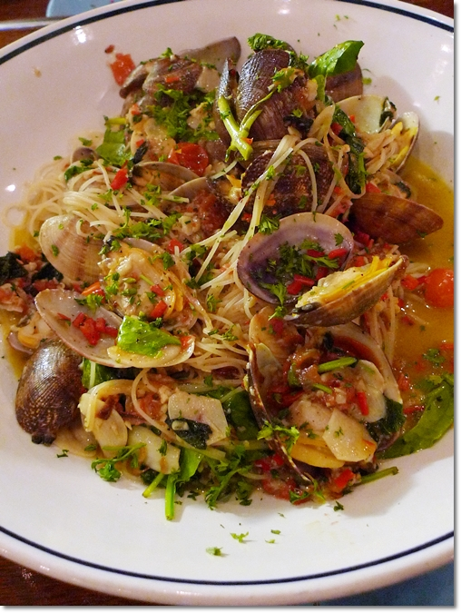 Australian Littleneck Clams with Capellini Pasta
