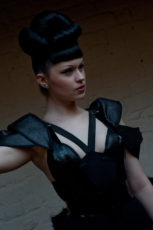 Viktoria Modesta - Upstairs 1