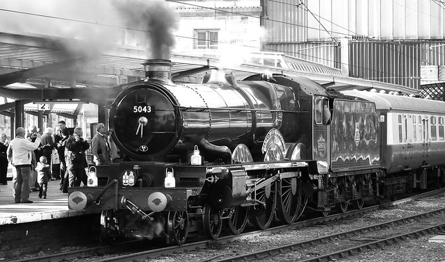 GWR Castle Class loco Earl of Mount Edgcumbe at Carlisle 025