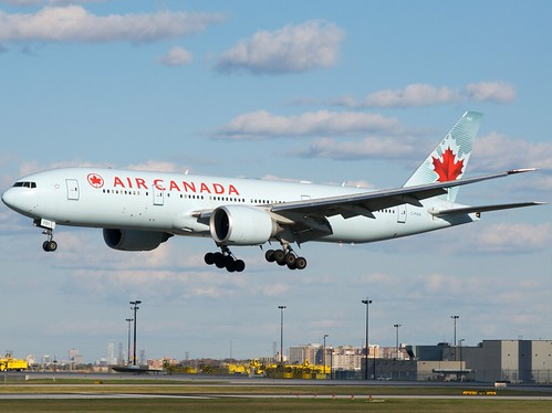 Air Canada 777-200LR C-FIUA by BriYYZ, on Flickr