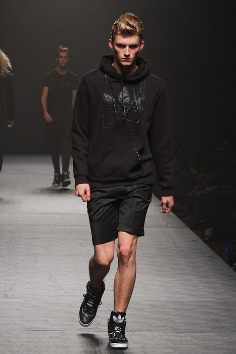 SS11_Tokyo_VANQUISH019_Charlie Westerberg(Fashionsnap)