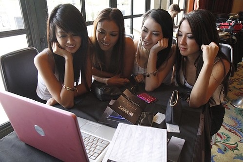 Webchat w/ Royal Flush Girls