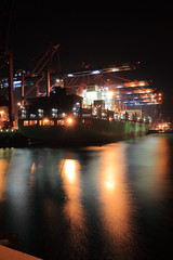 Xin Shanghai - China Shipping Line (MEK40 (Fotodesign M. Heimann)) Tags: china light oktober color detail reflection water colors night port canon river germany photography eos photo october wasser ship foto shanghai nacht steel details ships hamburg line container 500 shipping xin hafen farbe schiff elbe schiffe farben 2010 stahl 500d eos500 chinashippingline flus eos500d shipvessels xinshanghai