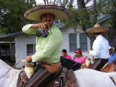 Amistad Parade 2010 (asterisktom) Tags: horse usa america us texas fiesta unitedstates best parade desfile equestrian amistad 2010 estadosunidos delrio eeuu      amistadparade