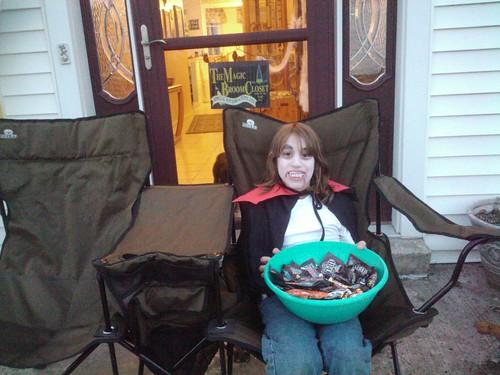 2010 dracula serves candy