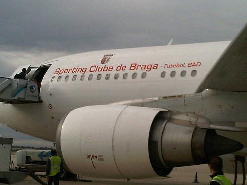 Barcelona utiliza avião do Braga