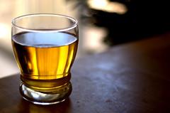 apple juice (ramkumar999) Tags: apple glass 50mm nikon bokeh juice 18 d40