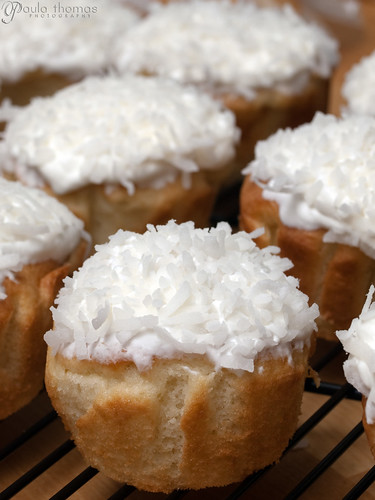 Coconut Snowballs with DIY Cupcake Liners