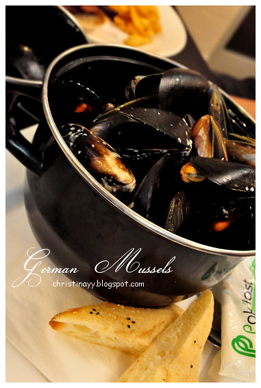 Kitt's Farewell Dinner: St. German Mussels