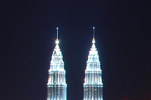 Kuala Lumpur city skyline_35mm_100%crop_D60