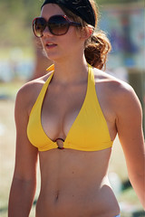 Girl with sunglasses (Timo Vehvilinen) Tags: summer portrait girl sunglasses yellow dof bokeh top bikini kilpailu kes jukola canonef70200mmf4l venla jukolanviesti virki
