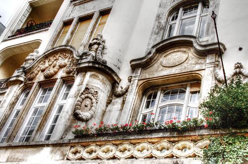 Windows and flowers. Budapest. Ventanas y flores