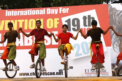 Monociclisti 2 alla parata di Panjim