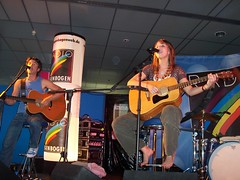 stephanie d. (all female barefoot musicians) Tags: feet nude stage nackt barefoot singer fsse bhne barfuss sngerin