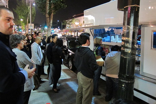 The Lobsta Truck: people line up at the truck