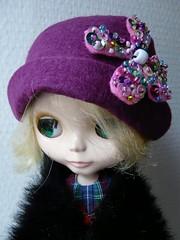 Retro hat, sequin flower