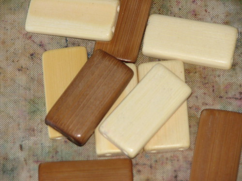 25 Days of Hand Crafted Gifts & Ornaments - Bamboo Tile Charms 002