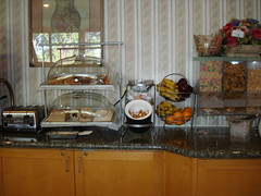 Comfort Suites Buffet Breakfast (sjclodging) Tags: milk juice cereal eggs waffles freebreakfast hotbreakfast