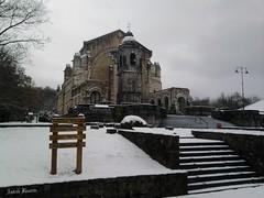 Santuario de Urkiola (andresbasurto) Tags: naturaleza nieve paisaje bizkaia diciembre 2010 santuario abadiño urkiola parquenatural andresbasurto