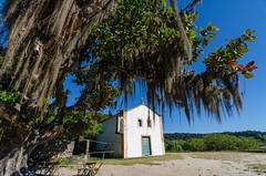 Paraty Mirim - Igreja de Nossa Senhora da Conceição de Paraty Mirim (mcvmjr1971) Tags: 1116mm 2017 brazil d7000 nikon paraty paratymirim beach lenstokina litoral maravilhoso mmoraes offshore paradise paraíso riodejaneiro sea seaside wonderful