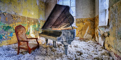 Play it again, Sam - Beelitz, Germany (dejott1708) Tags: beelitz flügel panorama lost places heilstätten sanatory architecture hdr piano