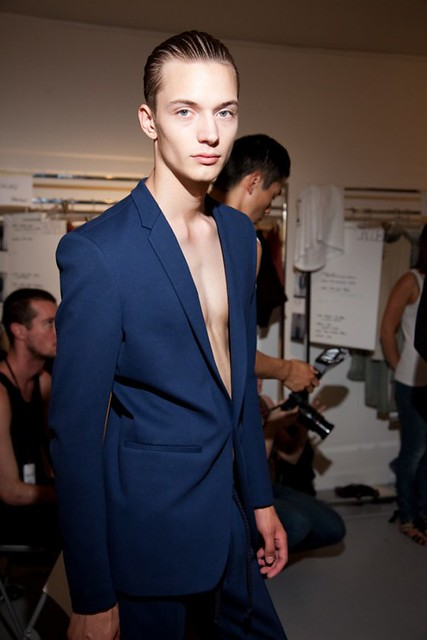 Linus Gustin3148_SS11_Paris_Petar Petrov BS(changefashion)