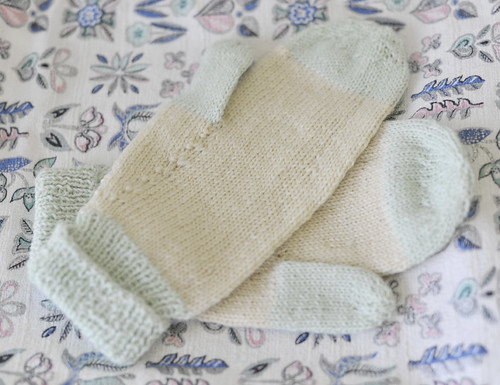 Green and Cream Mittens