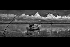 Black & White HDR of Long Boat