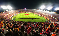 Time-lapse da chegada da torcida colorada ao Beira-Rio (Omar Junior) Tags: timelapse video torcida colorada beirario