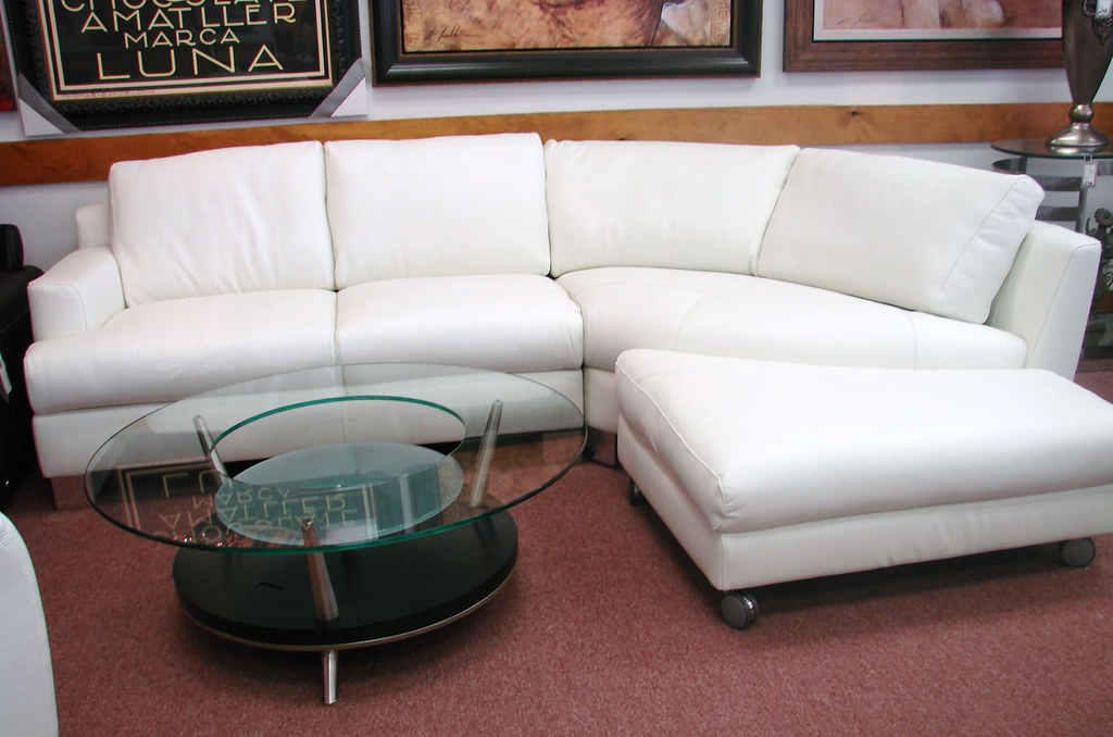 New Year's Sale Natuzzi Italsofa i353 - white leather sectional
