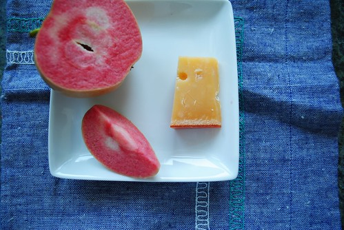 pink pearl apple + aged gouda