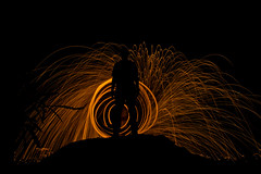 Burning Steel (jacsonquerubin) Tags: longexposure light brazil lightpainting southamerica brasil backlight contraluz painting fire steel silueta fogo sillhouette iguassu ao fozdoiguacu steelwool nilton sudamrica esponjadeao southamrica quoirin parana ldeao longaexposicao niltonramosquoirin