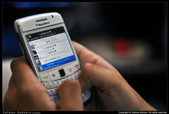 BlackBerry Addiction - إدمـان البلاك بيري =p (Safwan Babtain - صفوان بابطين) Tags: 50mm blackberry addiction 9700 safwan ادمان صورة تصوير مصور بلاك احتراف احترافي babtain صفوان بيري البلاك بابطين