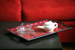 Tea (Spy to die 4) Tags: red home table tea sofa pottery tray oriental teacup glasscup img4772